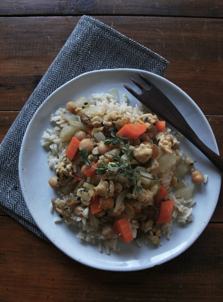 Moroccan Spiced Tempeh with Rice