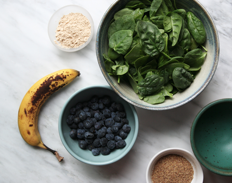 Graham's Blueberry + Banana Green Smoothie